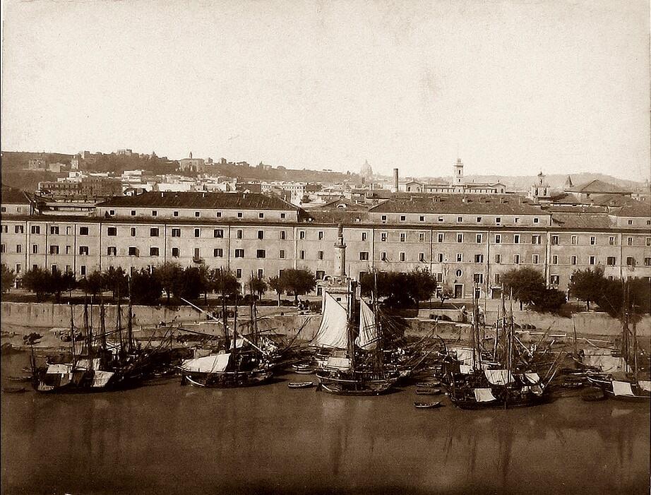 il complesso del san michele ed il porto 1876, visto da santa sabina